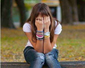 300x240 tristeza, depressão, adolescente.jpg