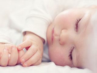Dos 0 aos 6 meses: Como conseguir que o bebé durma a noite inteira_Fotolia_44952066_XS.jpg