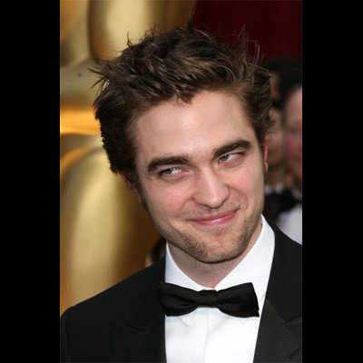 ROBERT PATTINSON O actor britânico da série