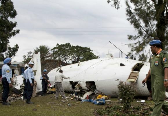 quatro mortos em queda de avi u00e3o de carga no qu u00e9nia