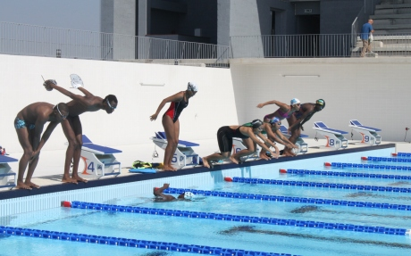 Nata o j treina na piscina ol mpica do zimpeto not cia for Piscina 50 metros barcelona