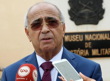 09f4223704 Ministro da Defesa anuncia mudanças | Política | Jornal de Angola ...