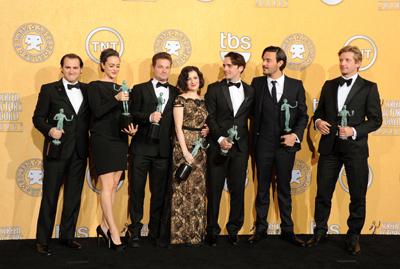 60e802505 ... vencedores dos prémios Screen Actors Guild (SAG), do sindicato de  actores dos EUA, numa cerimónia que decorreu na noite de domingo em Los  Angeles.