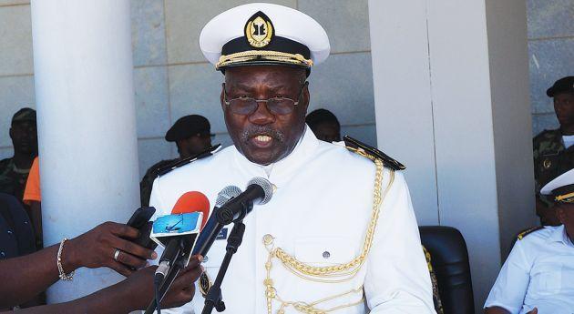 04691fd2ca Marinha dá segurança às instituições públicas | Política | Jornal de ...