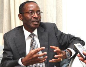 Governo alega que optou por não obrigar os angolanos no exterior a votarem nas eleições