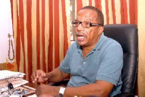 Se ganharmos  as eleições vamos  convidar pessoas que  são honestas  do MPLA -  diz líder do Bloco Democrático