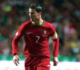 df296d960d5 Jornal dos Desportos - Ronaldo iguala marca de Pauleta