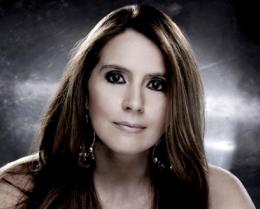 Novo álbum de Cristina Nóbrega inclui dueto com Omara Portuondo