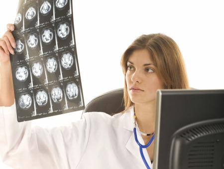 Ir a uma consulta de neurologia
