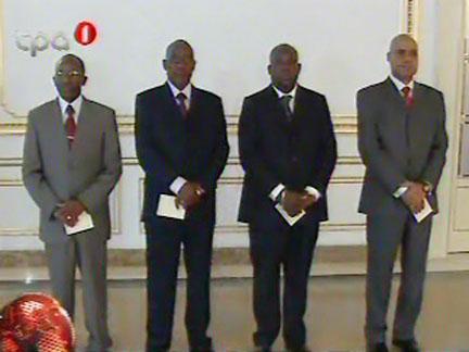 ... da República conferiu posse aos novos governantes de Luanda e Huambo