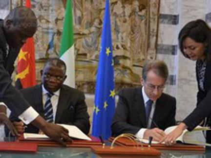 Angola e Itália suprimem vistos diplomáticos e de serviço