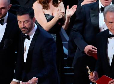 e95fe1d51 A Academia de Hollywood pediu desculpa pelo erro ocorrido na cerimónia de  entrega dos Óscares, que decorreu no domingo em Los Angeles, prometendo  tomar as ...