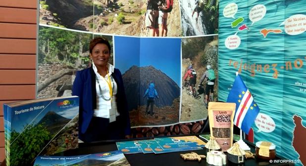 231e207ba34 Operadores turísticos satisfeitos com a presença de S. Antão na feira sobre  turismo de trekking em França