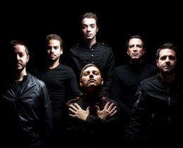 Depois de um ano de trabalho de estúdio, o projeto nacional Kind of Magic apresenta-se ao vivo no Armazém F, em Lisboa, a 28 de março.  Os Kind of Magic são seis músicos e um coro de três vozes adicionais que se dedicam a versões dos Queen.